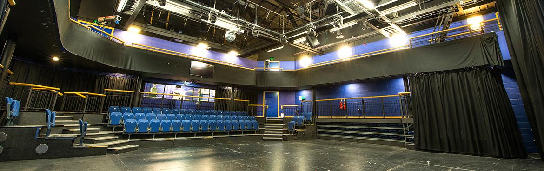 Rose-Theatre01